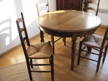 table ronde diam 1 1m 2 ral 0 45 m chene rustique 6 chaises assise paillele tout en tbe. Black Bedroom Furniture Sets. Home Design Ideas