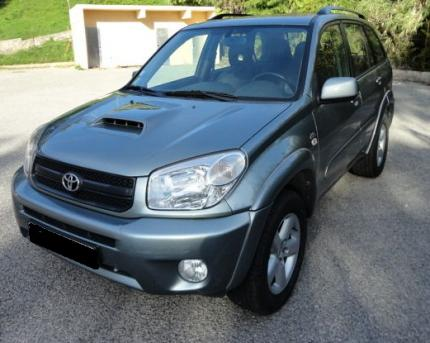 tres bon etat toyota rav 4 ann e 2005 toutes options. Black Bedroom Furniture Sets. Home Design Ideas